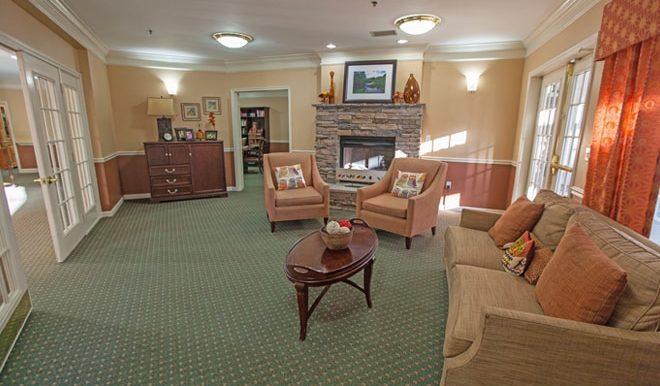brookdale-champions-7-community-living-room