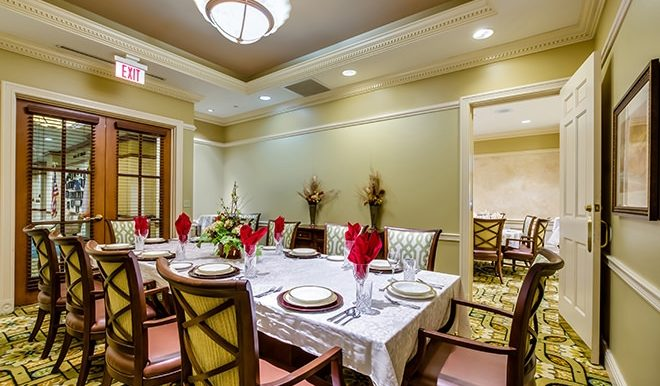 brookdale-gaines-ranch-8-private-dining-room