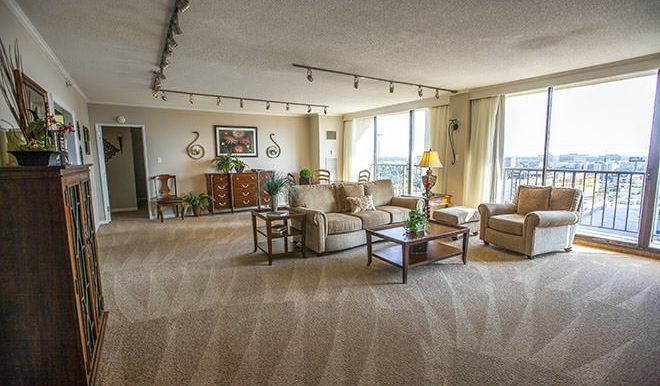 brookdale-galleria-4-living-room