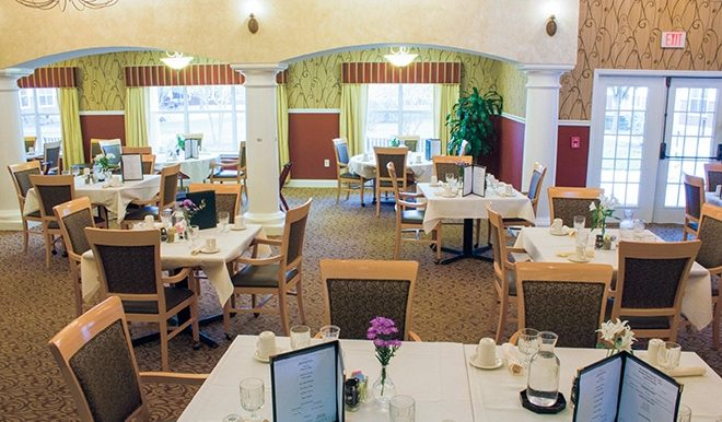brookdale-parmer-lane-4-dining-room
