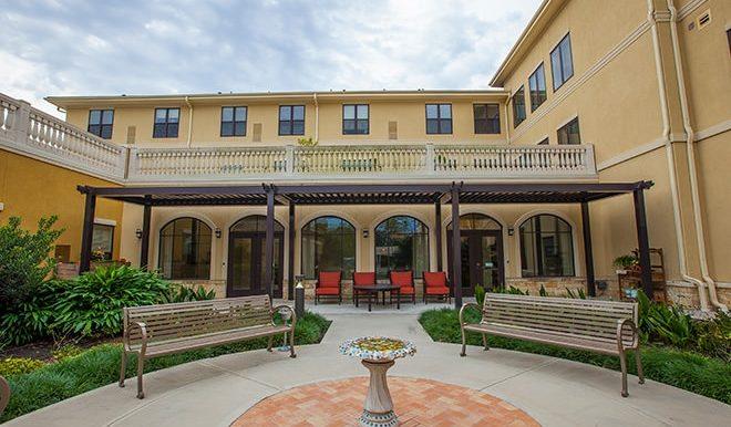 the-solana-vintage-park-8-courtyard